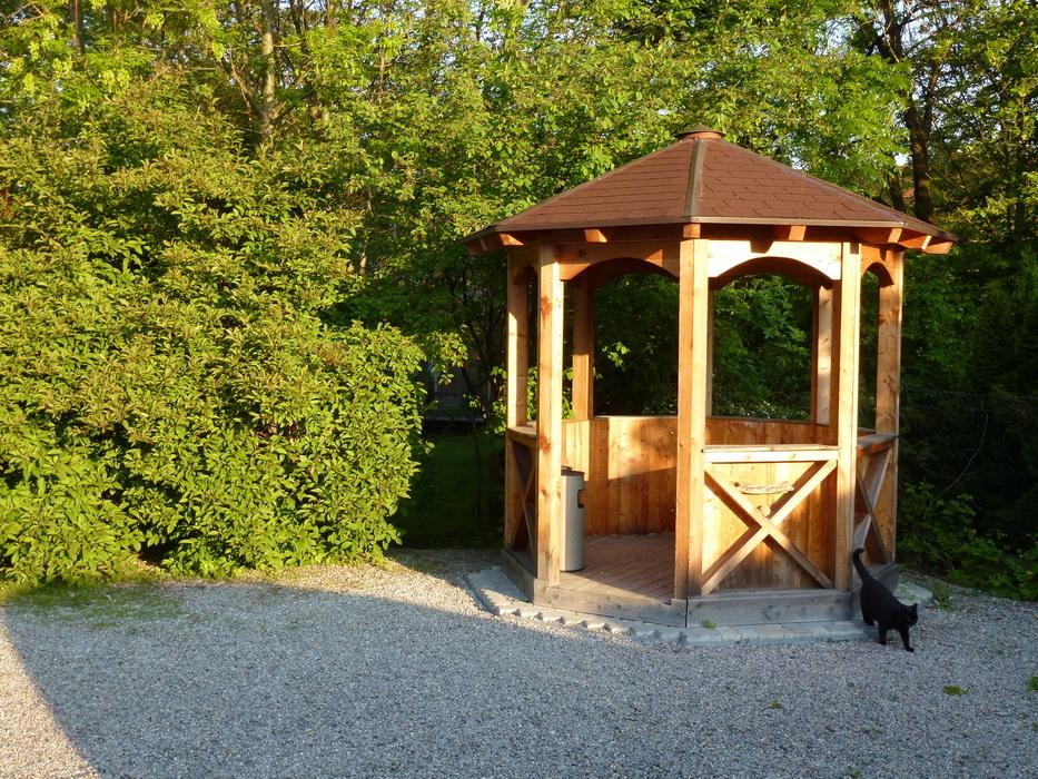 Adamhof, Pavillon